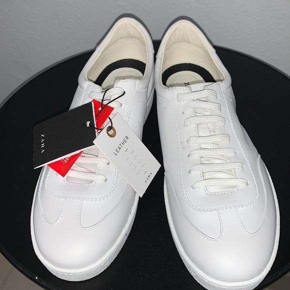 BNWT- Zara white leather platform shoes